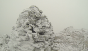 mt-washington-cairn